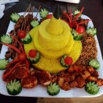indonesian group meal
